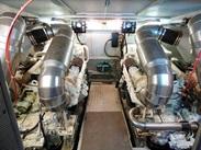 Majesty : vente de CANTIERI DI PISA AKHIR 20 S spécialiste de Bateaux Moteurs