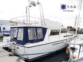 Yacht Service : vente de PRINCESS 38 FLY spécialiste de Bateaux Moteurs