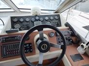 Majesty : vente de PRINCESS 38 FLY spécialiste de Bateaux Moteurs
