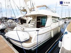 Yacht Service : vente de JEANNEAU PRESTIGE 46 spécialiste de Bateaux Moteurs