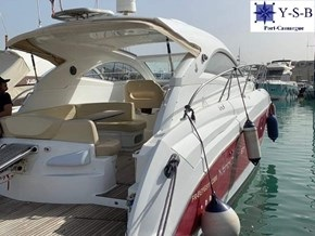 Yacht Service : vente de BENETEAU  MONTE CARLO 37 Hard Top spécialiste de Bateaux Moteurs