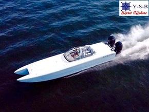 Yacht Service : vente de PREDATOR C306 / 2X400R spécialiste de Bateaux Moteurs