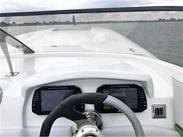 Majesty : vente de PREDATOR C306 / 2X400R spécialiste de Bateaux Moteurs