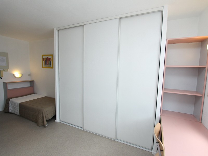 Studio 1 Person - bordeaux
