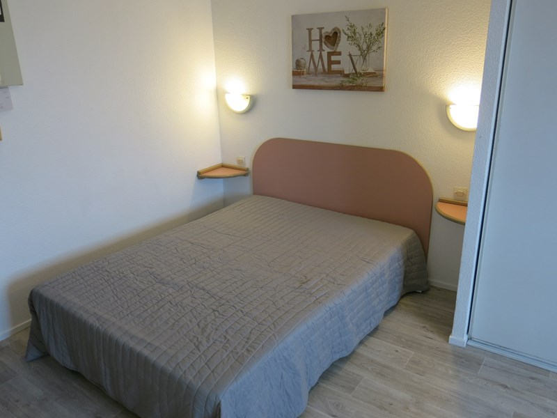 Grand studio 2 personnes - bordeaux