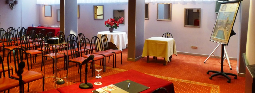 Hotel avec salle seminaire Arles